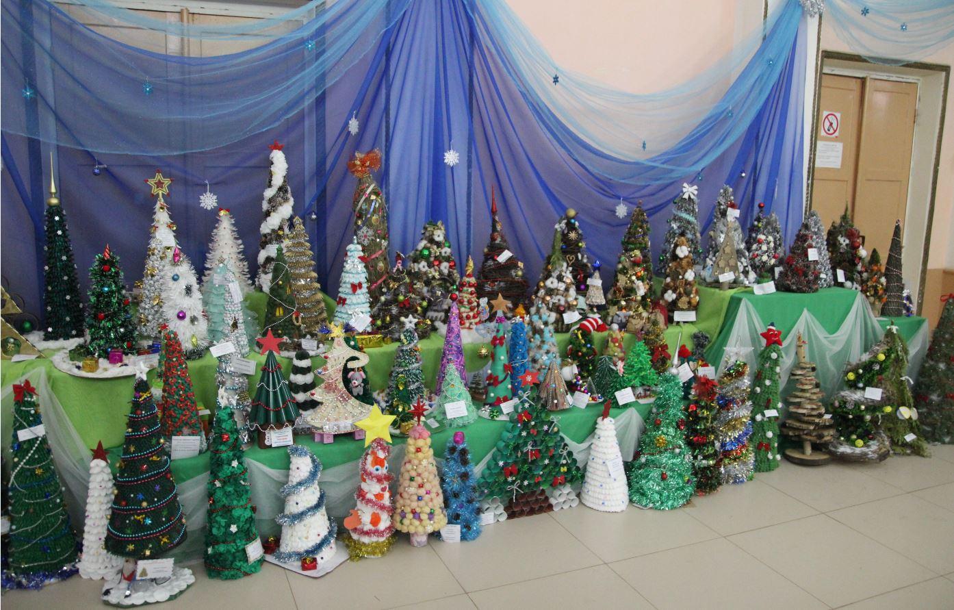 Эти веселые новогодние елочки в ГДК